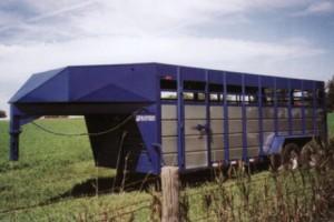 20' Gooseneck Livestock Trailer