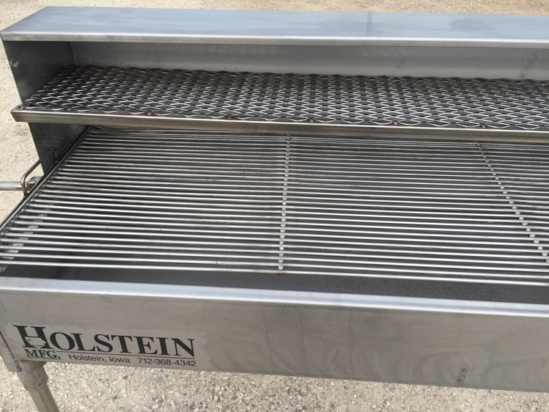 Grill with 1/2 hood with Holding & Warming Grate and the Stainless Steel Cooking Grate